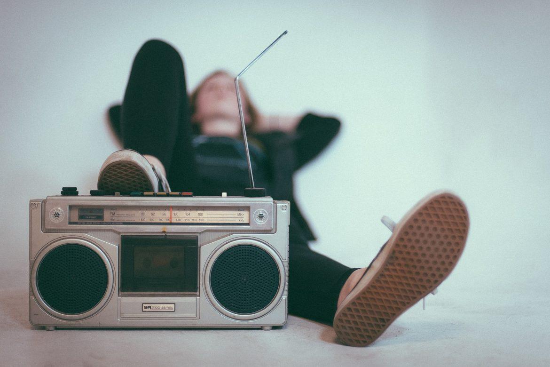 Si quieres que te escuchen, anunciate en la radio!